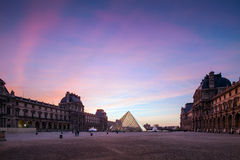 Paris Louvre at Twilight Royalty Free Stock Photos
