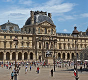 Paris - Louvremuseum Royaltyfri Bild