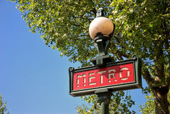 Paris Metrotecken Arkivfoto