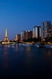 Paris nachts stockbild