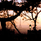 Paris no crepúsculo fotografia de stock royalty free