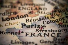 Paris no mapa Imagens de Stock Royalty Free