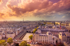 Paris no por do sol imagem de stock royalty free