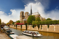 Paris, Notre Dame with boat on Seine, France Royalty Free Stock Photos