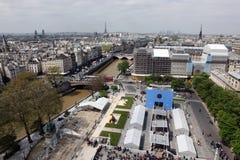 Paris och Notre Dame Cathedral - Paris berömda allra skenbilder, Fotografering för Bildbyråer