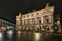 Paris-Oper nachts Stockfoto
