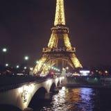 Paris på den är bästa, nedgången som är förälskad med staden Arkivfoto