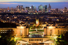 Paris panorama, Frankrike på natten. royaltyfria foton
