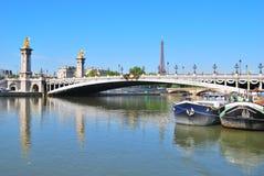 Paris. Pont Alexandre III Arkivfoto