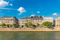 Paris sikt av ile St Louis royaltyfri foto