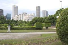 Paris Squair i Rio de Janeiro, sikt på mitten av staden Royaltyfri Bild