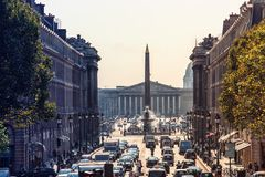 Paris stad i dag royaltyfri bild