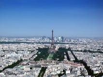 Paris-Stadt durch Himmel Lizenzfreie Stockfotografie