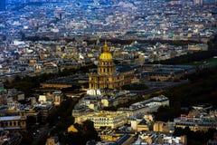 Paris-Stadt-Stadtzentrum von oben stockbild