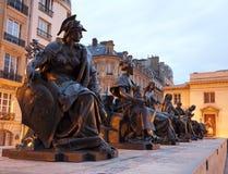 paris statyförtjänster Royaltyfri Foto