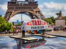 Paris taxi Royaltyfri Bild