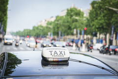 Paris taxi Royaltyfria Foton