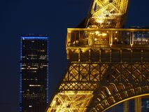 Paris turnerar Eiffel, bänder depuis le Trocad�ro Royaltyfria Bilder