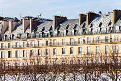 Paris urban building on Rue de Rivoli Stock Photos