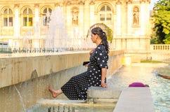 Paris vänder mot värmeböljan royaltyfria foton