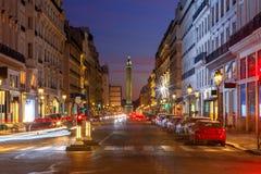 paris Vendome fyrkant på solnedgången fotografering för bildbyråer