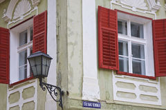 Paris Windows Lizenzfreie Stockfotos