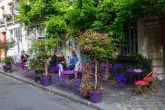 Pariser Café auf Ile de Cite Stockfotos