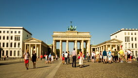 Pariser Platz en Brandenburger Tor Berlin stock videobeelden