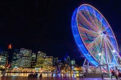 Pariserhjul på natten Royaltyfri Fotografi