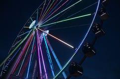Pariserhjul: Se framåt och över royaltyfri foto