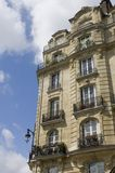 parisian balkonger royaltyfri bild