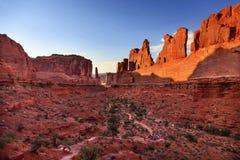 Park Avenue-de Sectie overspant Nationaal Park Moab Utah Stock Afbeeldingen