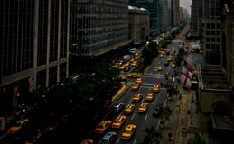 Park Avenue, New York, carrozze gialle Fotografia Stock Libera da Diritti