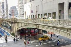 Park Avenue viadukt på gata 42 i Manhattan Royaltyfri Bild