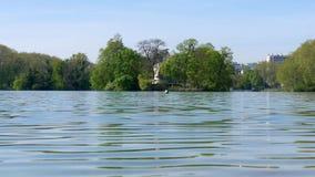 Park in de stad van Lyon, Frankrijk stock footage
