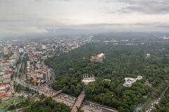 Park in der Stadt Stockfotos