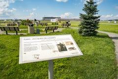 Park des Observatorium-Jacques-De-Lesseps Stockbilder