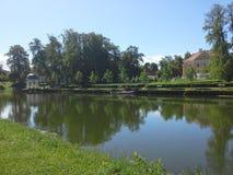Park einer Villa Stockfotos