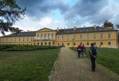 Park en paleis in KoszÄ™cin in Polen Royalty-vrije Stock Foto