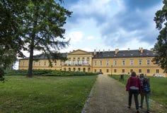 Park en paleis in KoszÄ™cin in Polen Royalty-vrije Stock Fotografie
