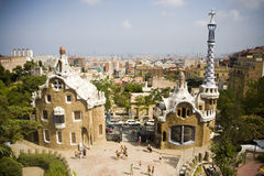 Park Guell-Häuser durch Guadi, Barcelona Stockfotos