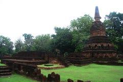 Park Kamphaeng Phet historischer Aranyik-Bereich, Buddha von Thailand Stockfoto