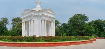 Park-Monument Aayi Mandapam in Pondicherry, Indien Lizenzfreie Stockfotos