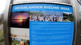 Park Oeverlanden De Oeverlanden Map牌阿姆斯特丹01-1-2019 股票录像