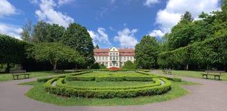 Park in Oliva und im Palast Opatow Stockfotografie