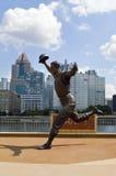 Park Pittsburgh Bill Mazeroski Statues PNC Lizenzfreies Stockfoto