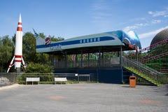 Park rozrywki, nowożytna architektura Zdjęcie Royalty Free