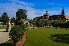 Park van het klooster Seitenstetten Stock Afbeeldingen