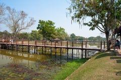 Park z mostem Zdjęcia Royalty Free