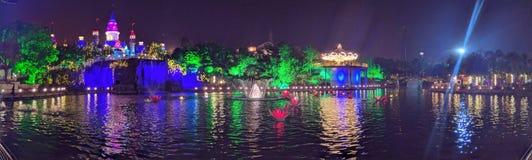 Parka Tematycznego Nightlight panorama obraz royalty free